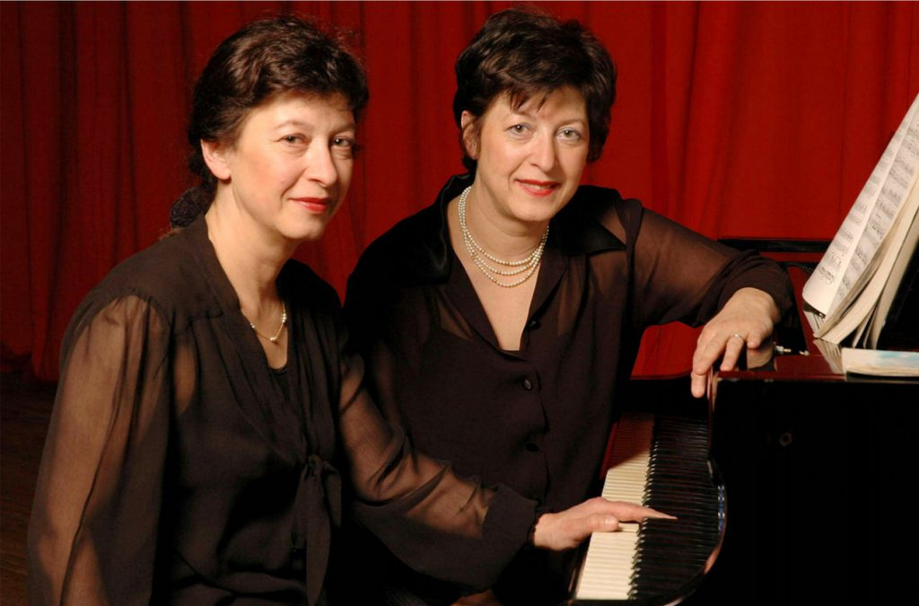 Irène et Yvonne Bugod - piano à quatre mains
